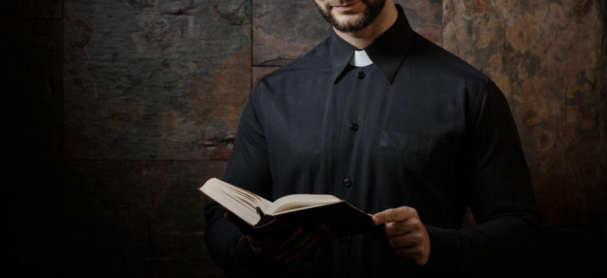 Wykluczenie na tle religii, czyli jak mniejszość jest zmuszana do posłuszeństwa