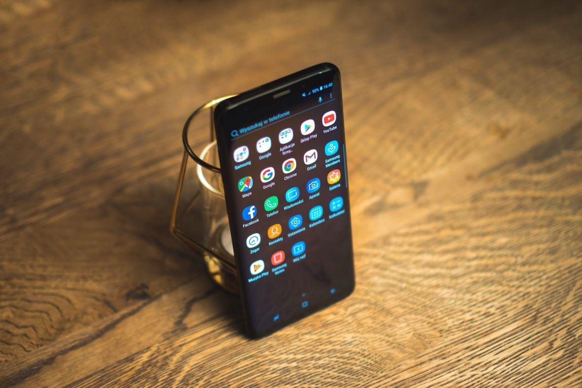 Samsung Galaxy S9 skutecznie skusił Polaków. Padł rekord przedsprzedaży