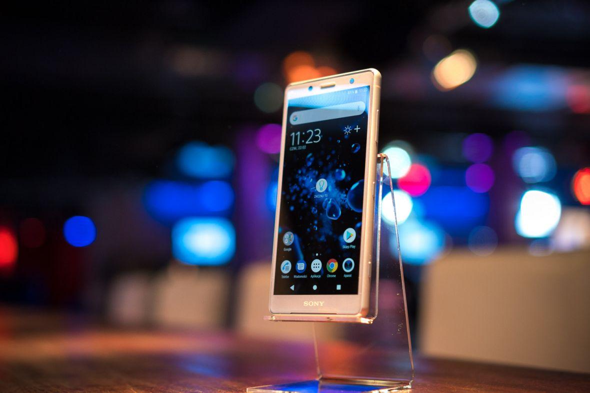 Oto Sony Xperia XZ2 Compact, czyli niewielkie wymiary i wielka moc – pierwsze wrażenia