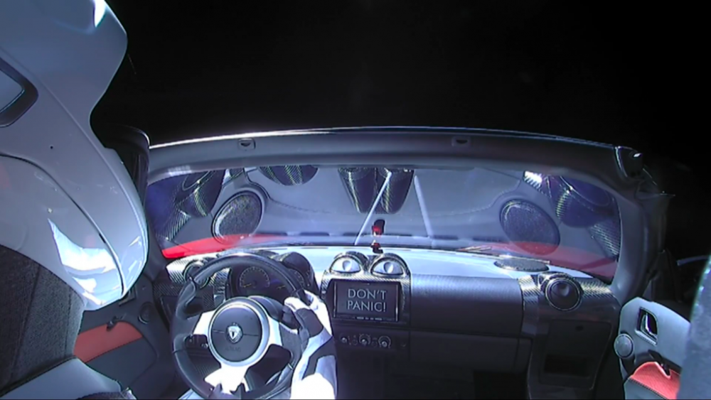 tesla roadster w kosmosie