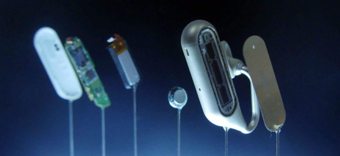 Sprawdziłem wyjątkowe słuchawki Sony.  Xperia Ear Duo – pierwsze wrażenia