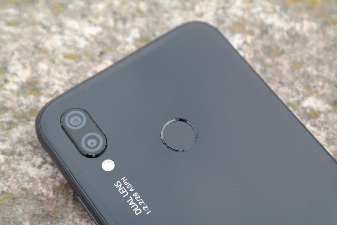 Huawei P20 Pro i Huawei P20 prawie bez tajemnic. Polski sklep zapowiedział przedsprzedaż smartfonów