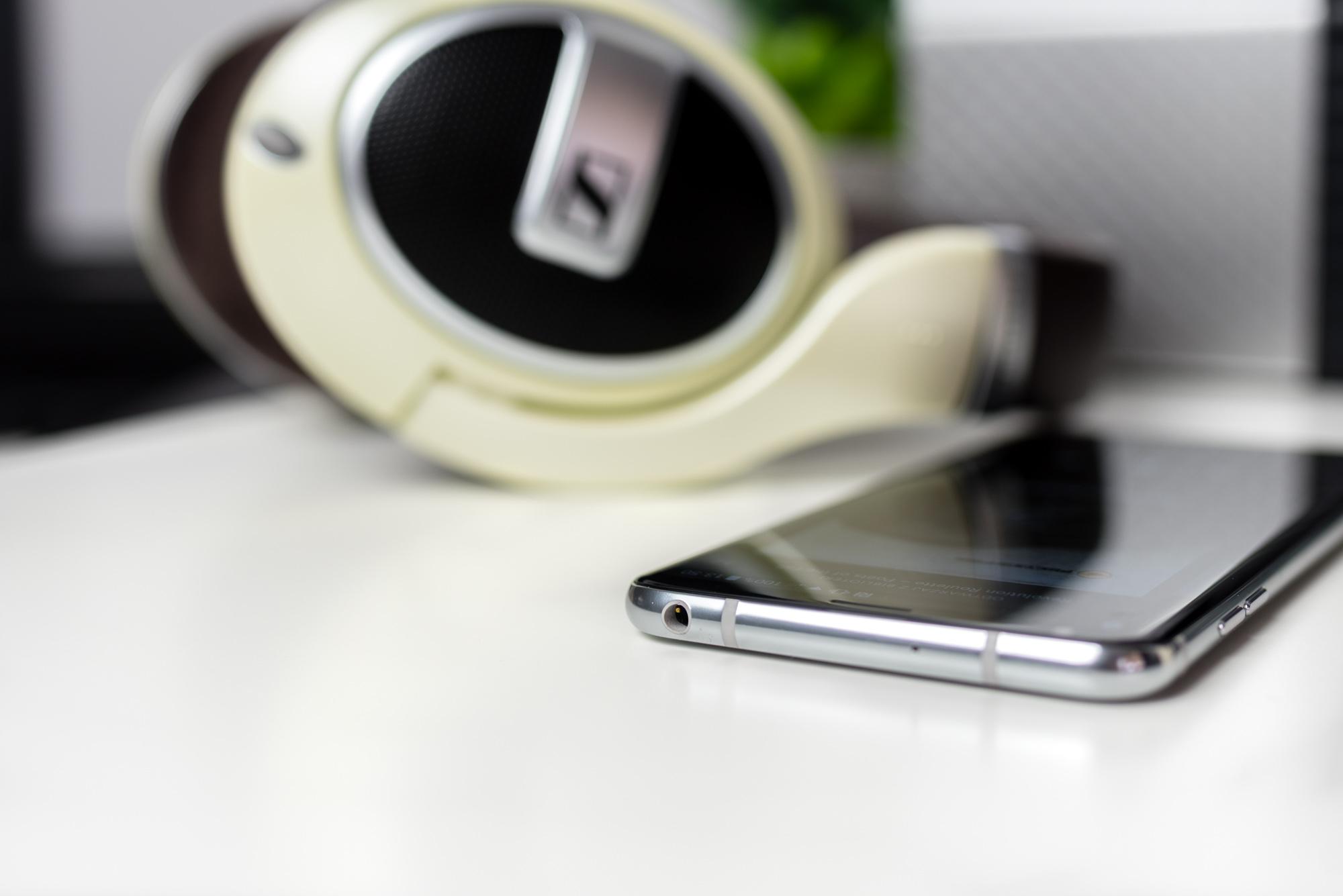 Jak wybrać najlepszy smartfon muzyczny z nowoczesnym gniazdem słuchawkowym?