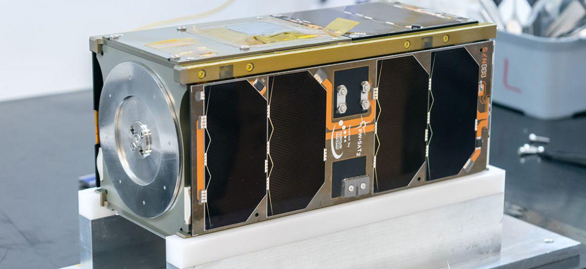 Satelita polskich studentów na finiszu. PW-Sat2 wkrótce poleci w kosmos na pokładzie rakiety SpaceX