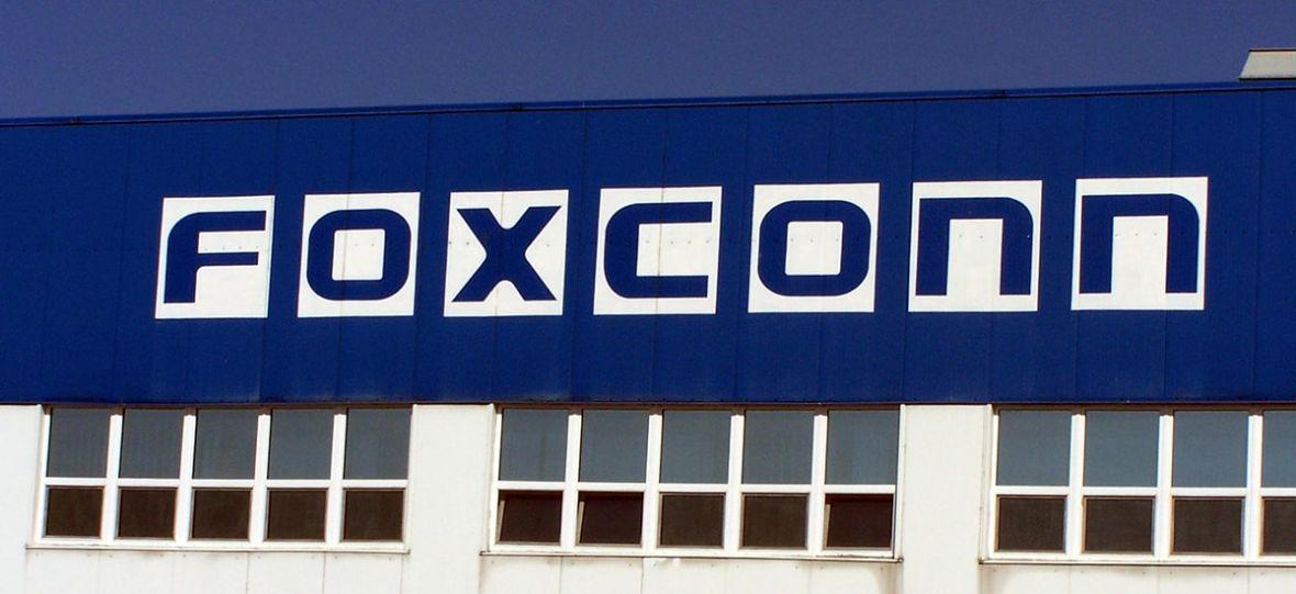 Najwięksi producenci elektroniki produkują w jego fabrykach. Foxconn trochę się boi i idzie na swoje – kupuje Belkina