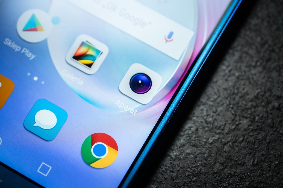Jaki smartfon do 1000 zł warto kupić? TOP 3 najciekawsze modele