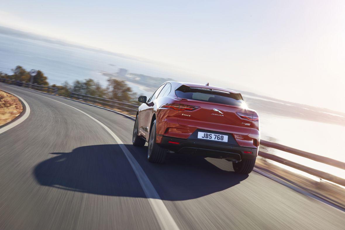 Pierwszy elektryczny Jaguar jużoficjalnie. 4,8 s do setki i 480 km zasięgu