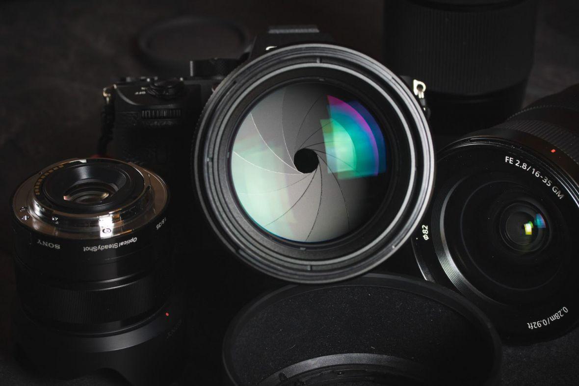 Jeżeli chcesz się podszkolić w fotografowaniu i edycji zdjęć, masz ku temu świetną okazję