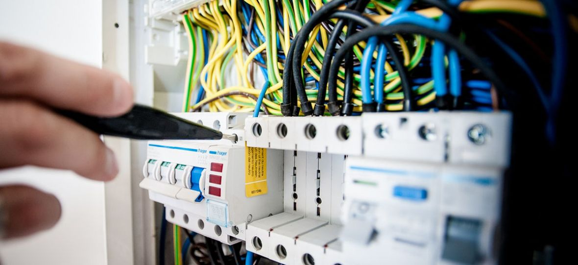 UKE chce walczyć z lokalnymi monopolami. Telewizje kablowe mogą być zmuszone podzielić się kablem