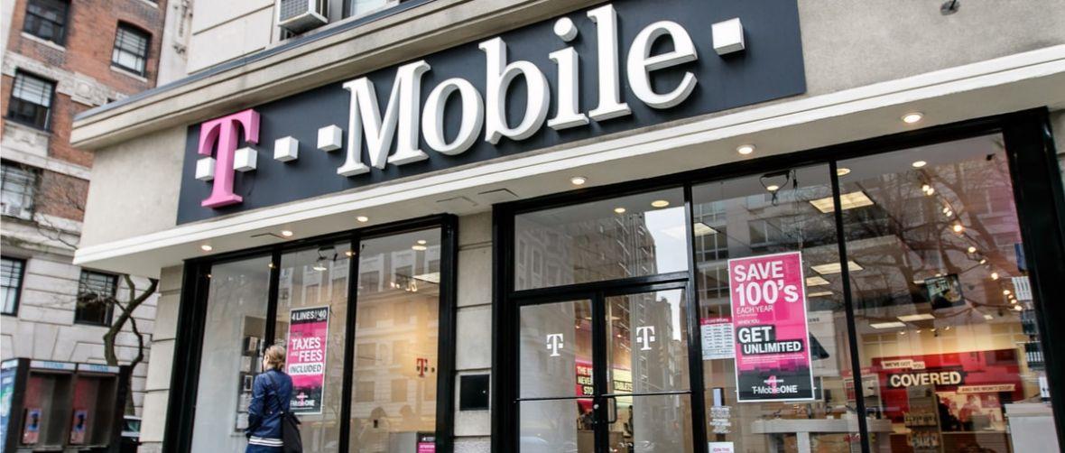 Klienci T-Mobile ani myślą uciekać do konkurencji. Operator pochwalił się wynikami