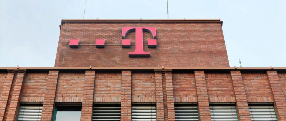 T-Mobile musi oddać pieniądze klientom. UOKiK uznał, że reklamy operatora wprowadzają w błąd