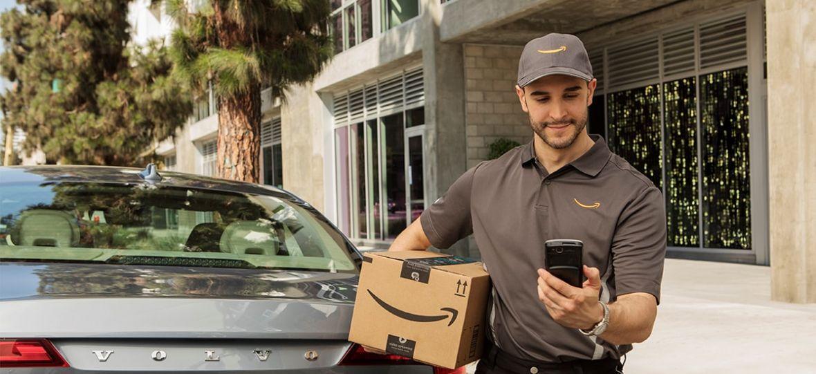 Twój samochód twoim paczkomatem. Amazon rozpoczął doręczanie przesyłek wprost do bagażnika