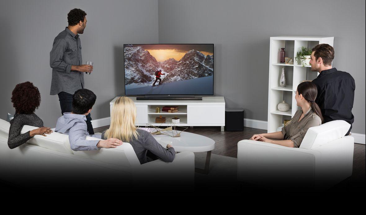 Piekło aktualizacji w świecie smart TV. Producenci traktują sprzęt za tysiące złotych jak tanie telefony