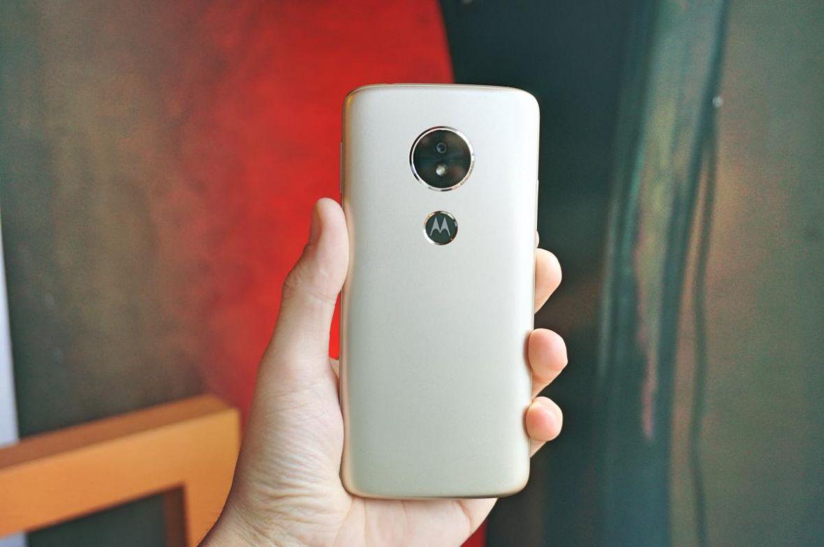 Jaki smartfon do 500 zł? TOP 3 modele, które nie są paździerzem