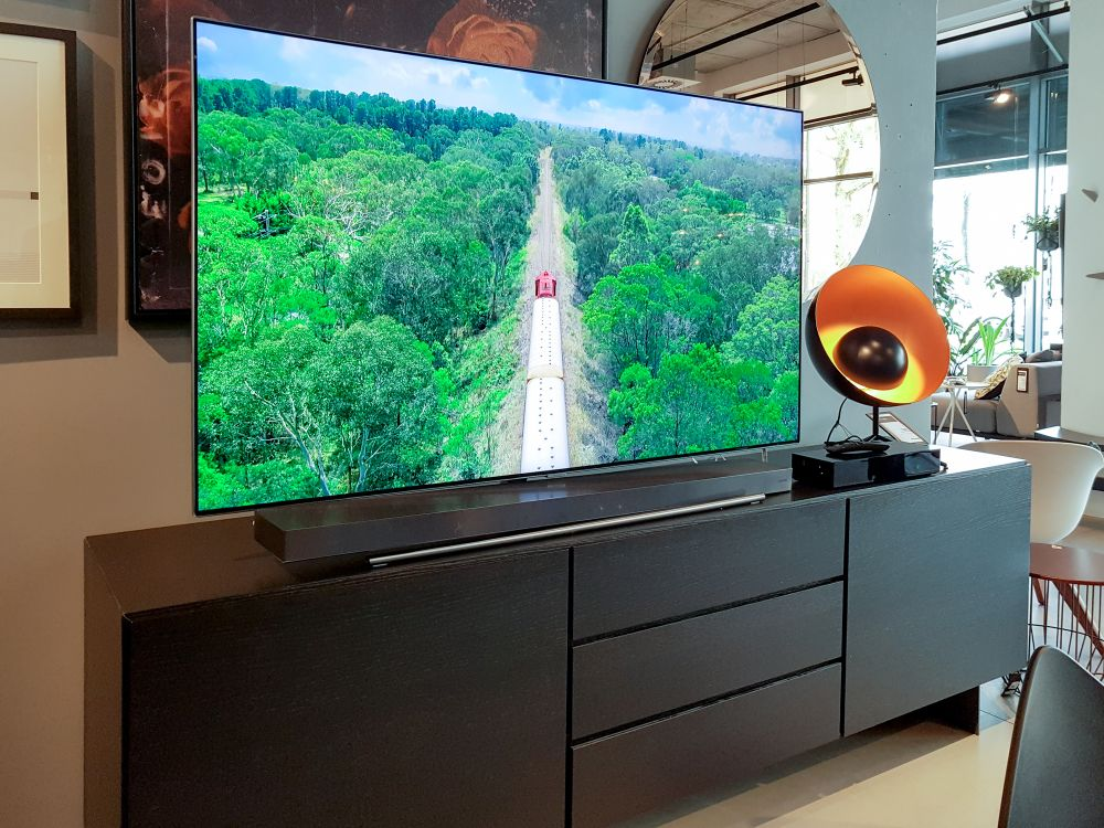 Samsung UHD, Premium UHD and QLED for 2018 are going to Poland