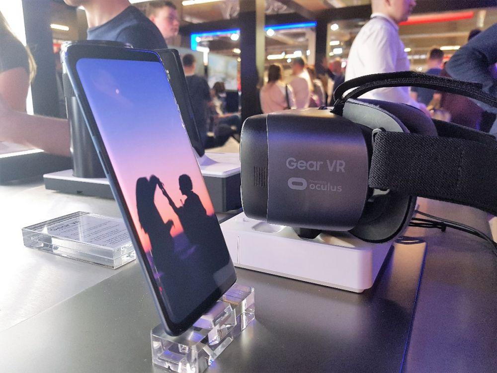 Samsung QLED Electronics Show