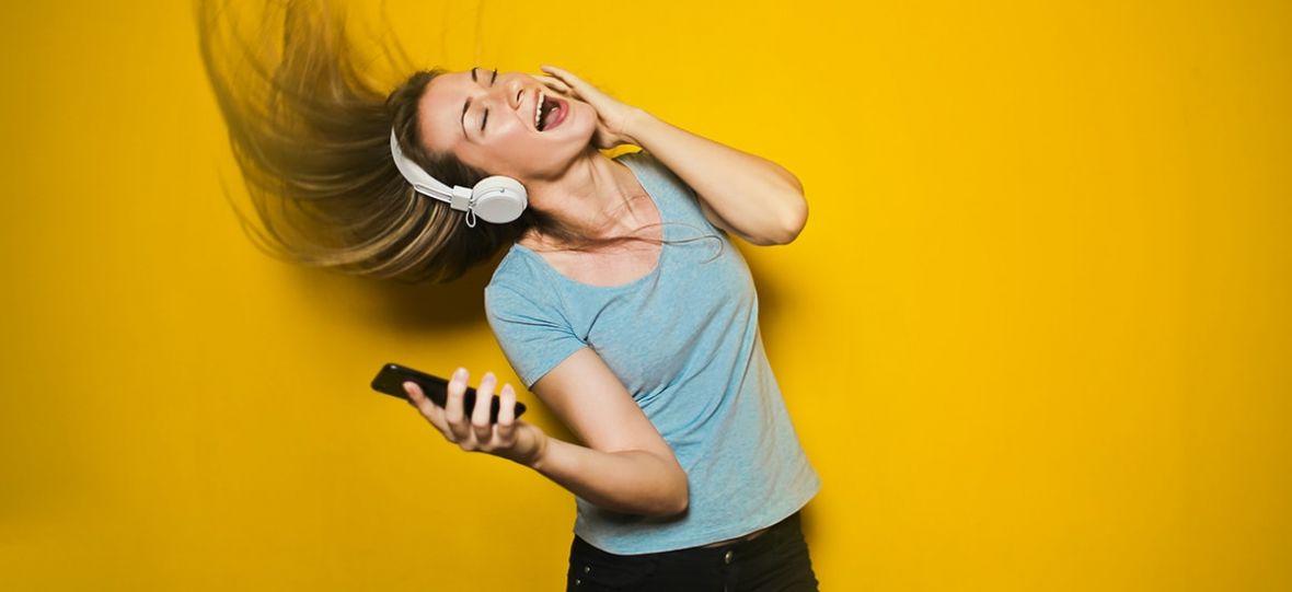 Posiadacze darmowych kont Spotify zaznają odrobiny premium. Żeby zaczęli płacić