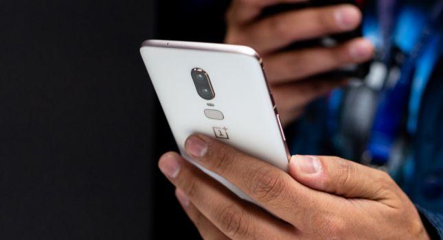 Na miejscu konkurencji zwołałbym sztab kryzysowy. OnePlus 6 – recenzja Spider's Web