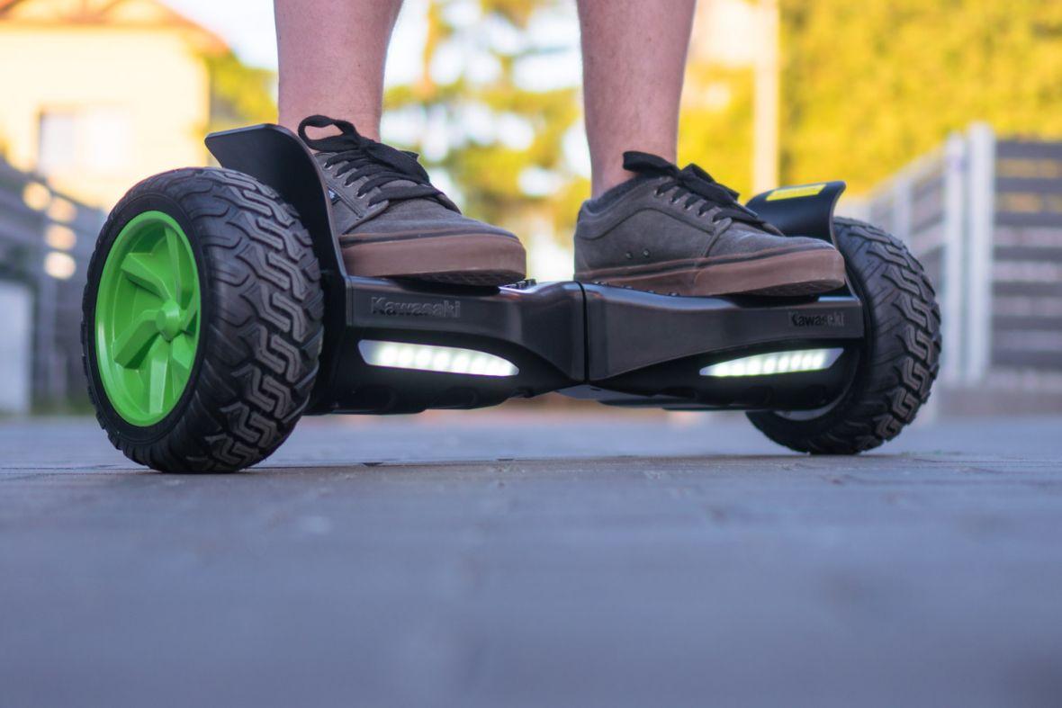 Terenowe Kawasaki na komunię? Balance Scooter KX-CROSS8.5 – recenzja hoverboarda