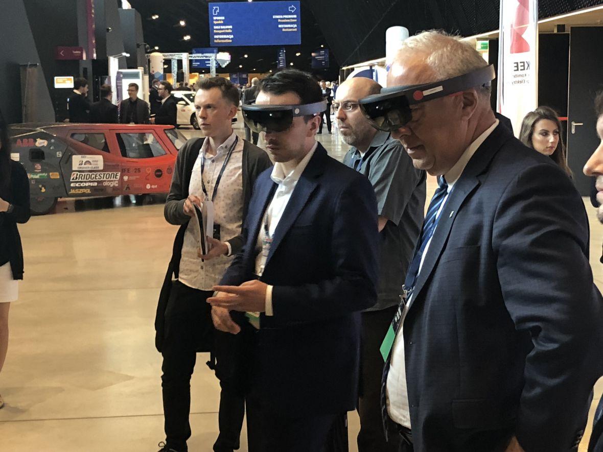 W Katowicach pokazali rozszerzoną rzeczywistość dla górnictwa. Wszystkie kopalnie w Polsce są zainteresowane