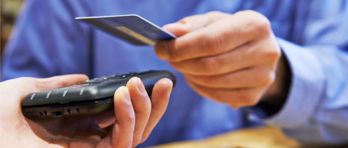 Płatności kartą Mastercard bez PIN-u do 100 zł! Jest zgoda NBP