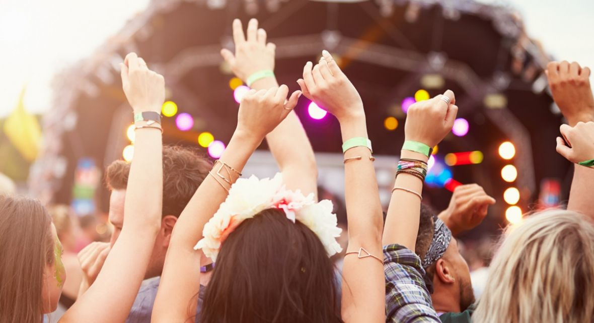 Orange Warsaw Festival otwiera festiwalowe lato. Strefa Orange zadba o muzyczny chillout