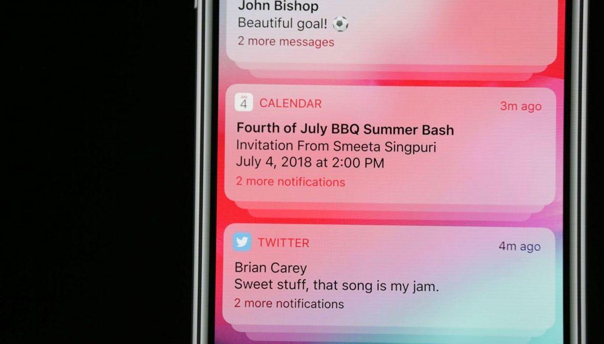 Zajęło to Apple'owi kilka lat, ale w końcu skopiował grupowanie powiadomień z Androida