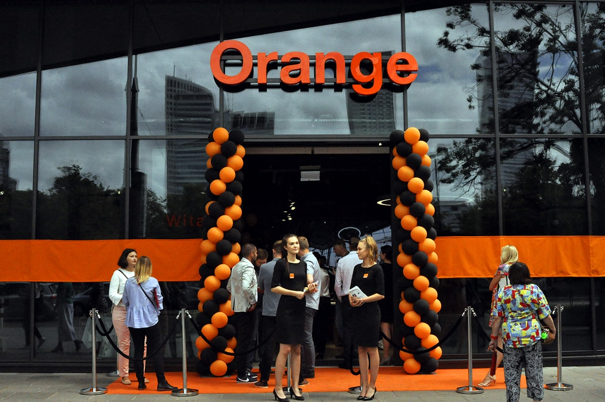 Otwarcie Smart Store Orange w Warszawie