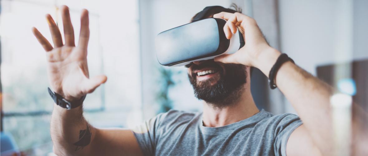 Xbox One X jednak bez gier VR. Decyzja słuszna, ale Microsoft nie powinien zwodzić klientów