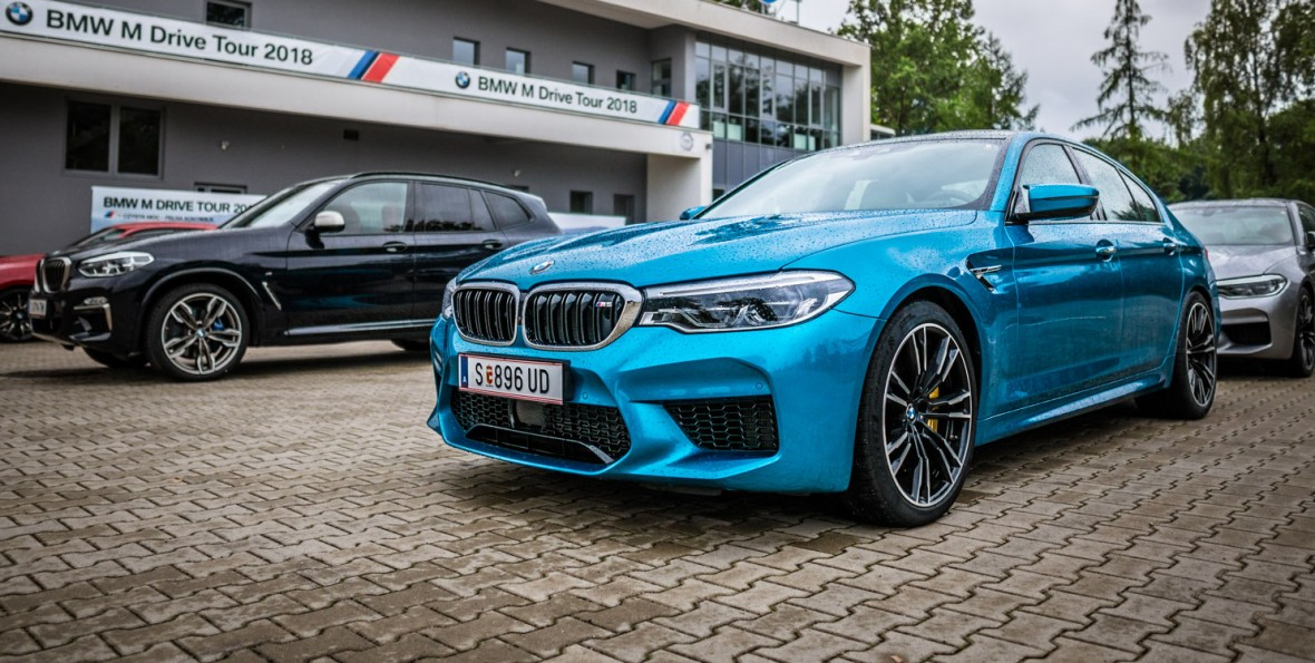 Posadzili mnie za kierownicą 600-konnego BMW M5 i życzyli dobrej zabawy