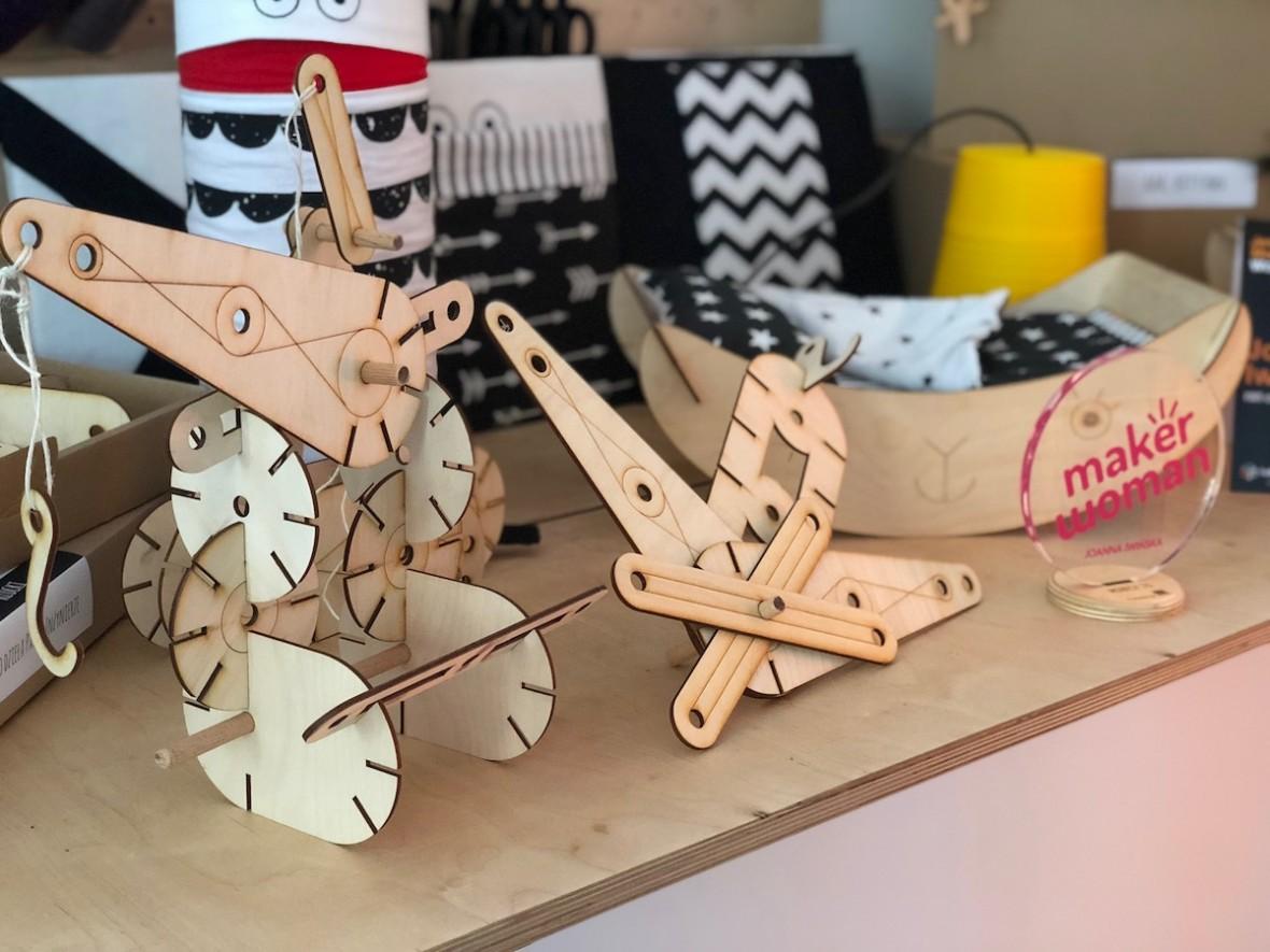Maker Woman Day w FabLab powered by Orange. 36 pomysłowych kobiet i 36 niesamowitych prototypów – relacja