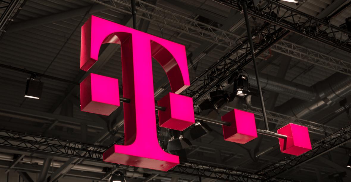 Ćwierć miliona nowych klientów T-Mobile Polska. Sieć zarabia też na usługach