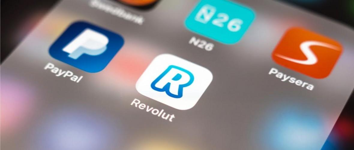 Karty Revolut można podpinać do Apple Pay. Niestety nie wszystkie