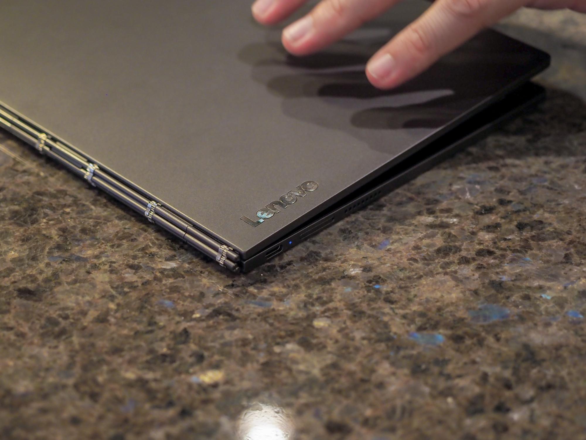 Lenovo Yoga Book C930 - pierwsze wrażenia