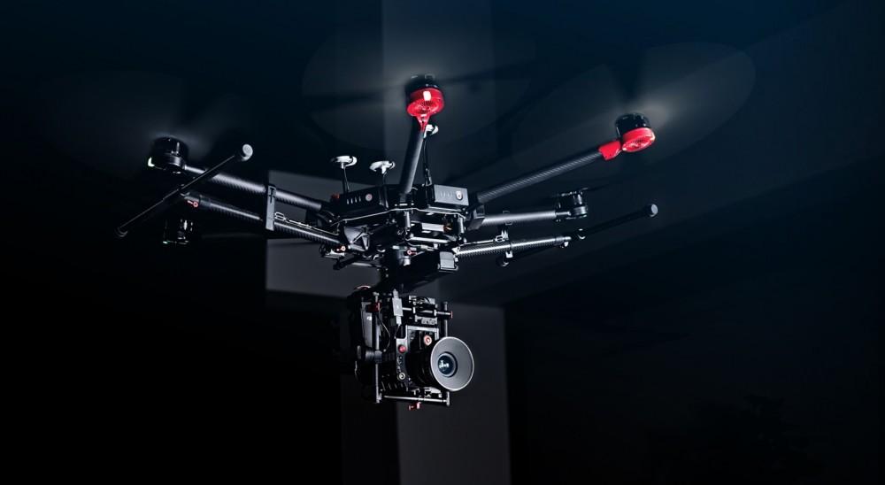 DJI M600 zamach z udziałem drona