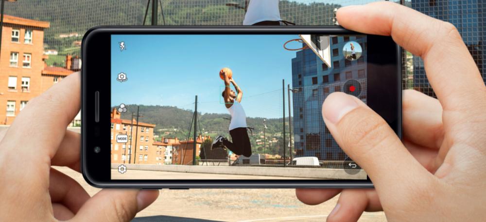 LG K11 - odpowiedź na pytanie: jaki smartfon dla dziecka 10 lat.