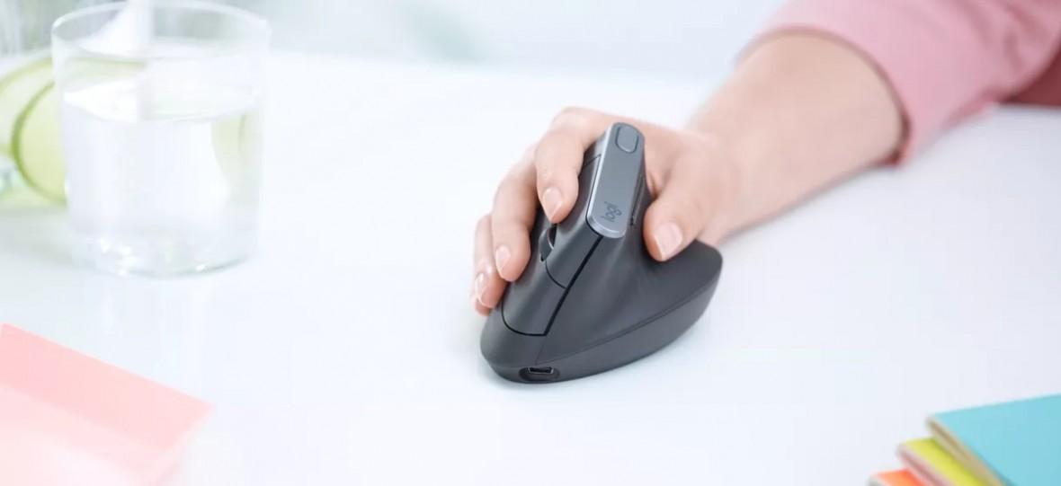 Nowa myszka Logitecha wygląda pokracznie, ale chcę ją mieć. Logitech MX Vertical to szczyt ergonomii