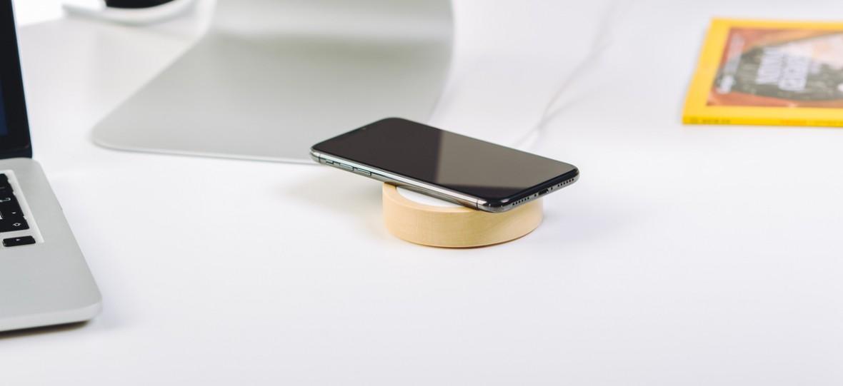 Nowy iPhone przegoni konkurencję za sprawą szybkiego ładowania bezprzewodowego