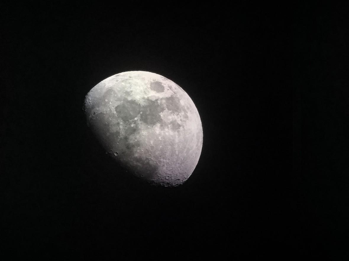 NASA połączyła najpiękniejszy utwór o Księżycu z rewelacyjnymi zdjęciami Srebrnego Globu