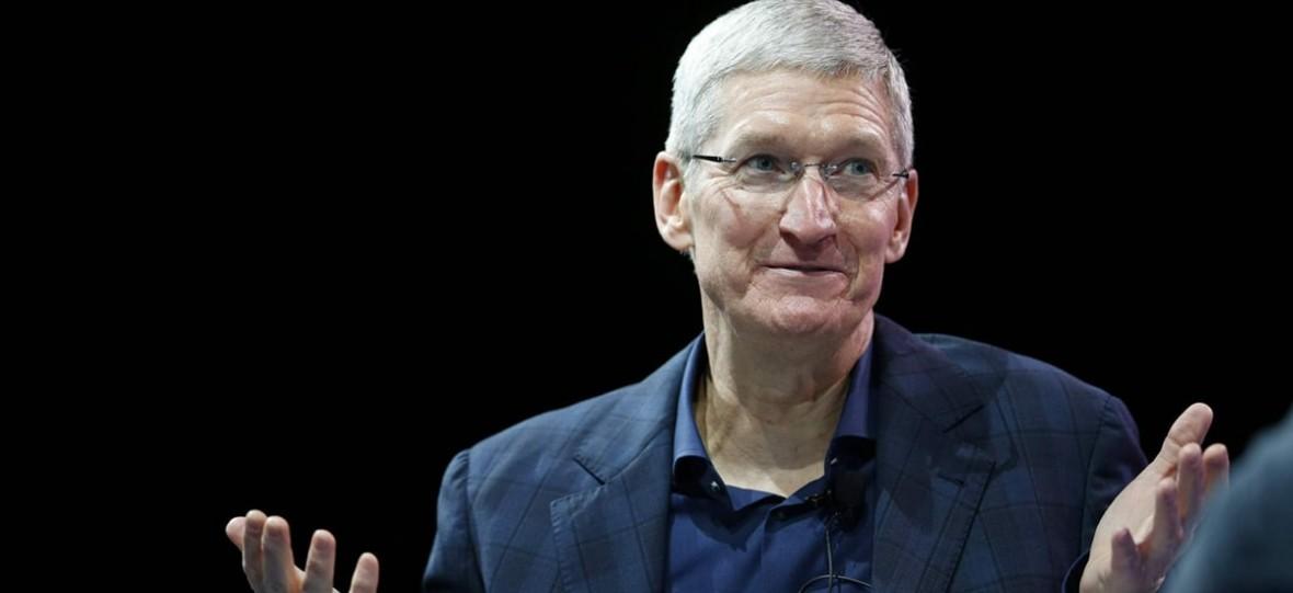 Nigdy nie było lepiej, a iPhone XR sprzedaje się świetnie – zapewnia szef Apple'a i zapowiada nowe usługi