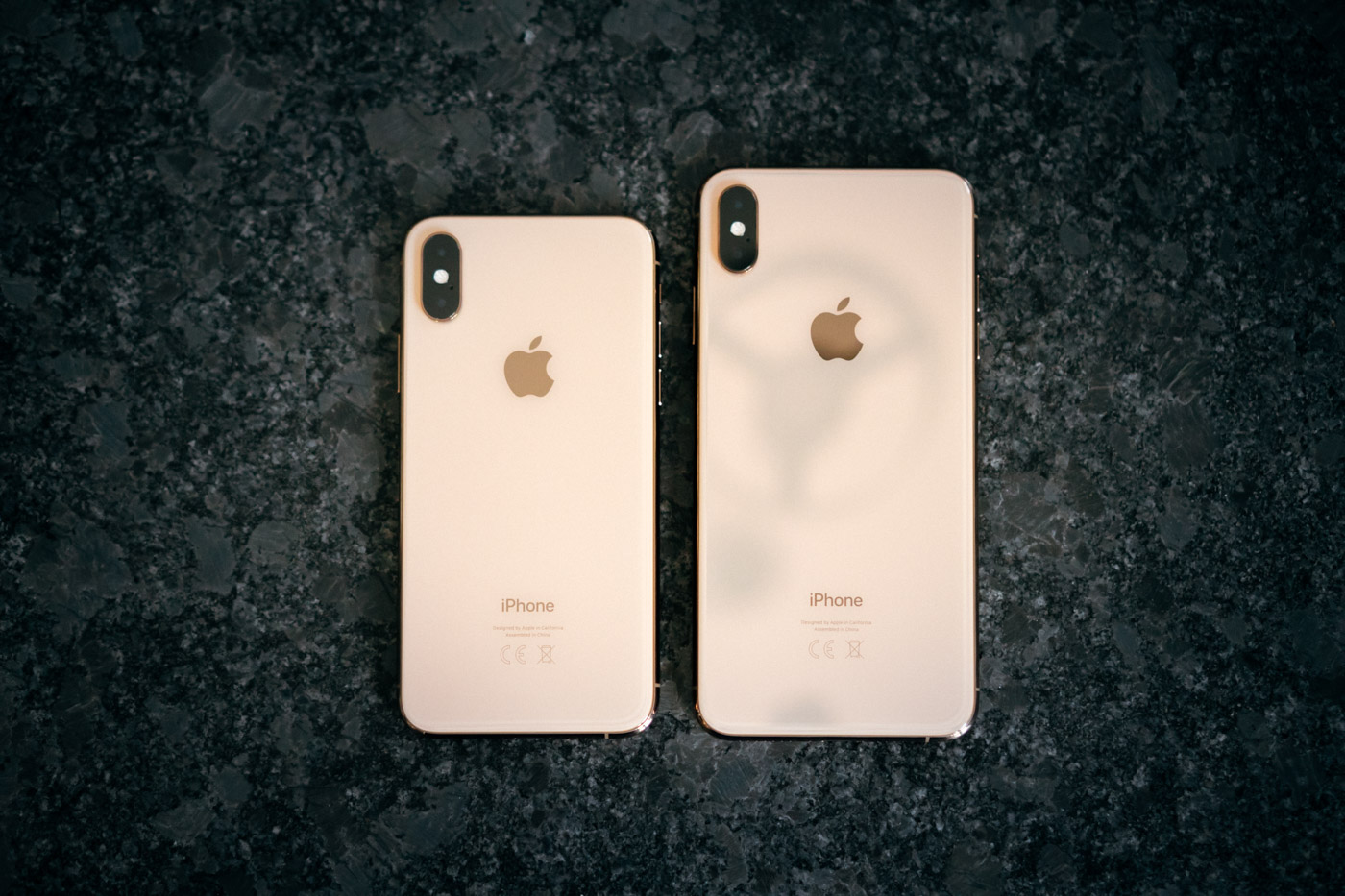 How much does the exchange of screens and backs on iPhones X, XS and XS Max cost? Read while sitting