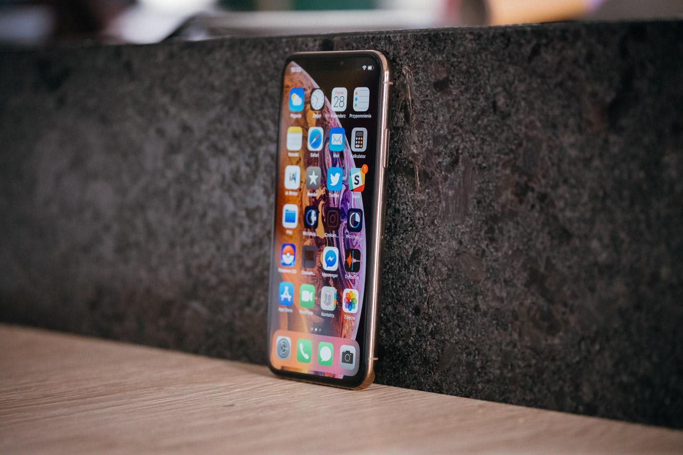 iPhone XS ekran cena - naprawa telefonu