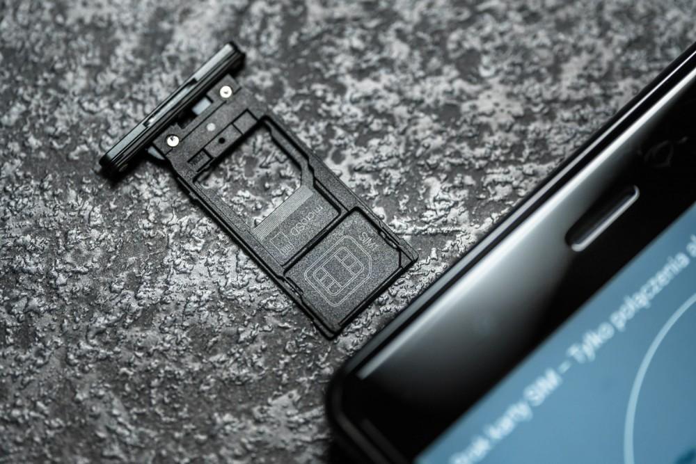 Sigma A 70mm f/2.8 DG Macro