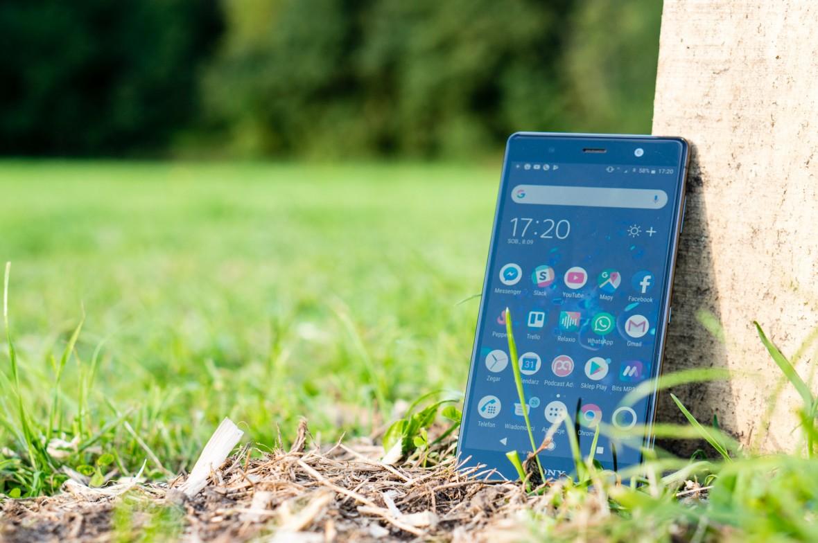 Sony Xperia XZ2 Premium to smartfon, który śmiało można zabrać w podróż