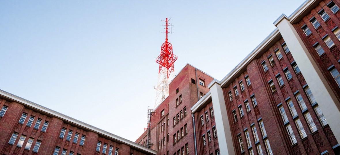 5G przestaje być w naszym kraju tylko sloganem. T-Mobile uruchomił pierwszą taką sieć w Polsce