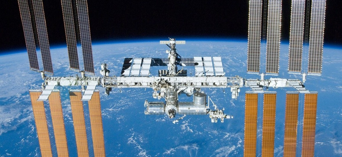 Międzynarodowa Stacja Kosmiczna ma już 20 lat. By powstać, wymagała dziesiątków lotów w kosmos