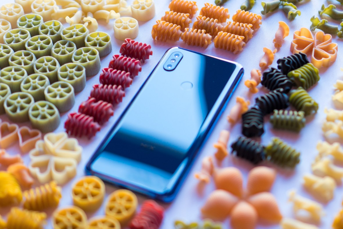 Smartfony Xiaomi mają mieć 48 megapikseli. Dlaczego to zły pomysł?