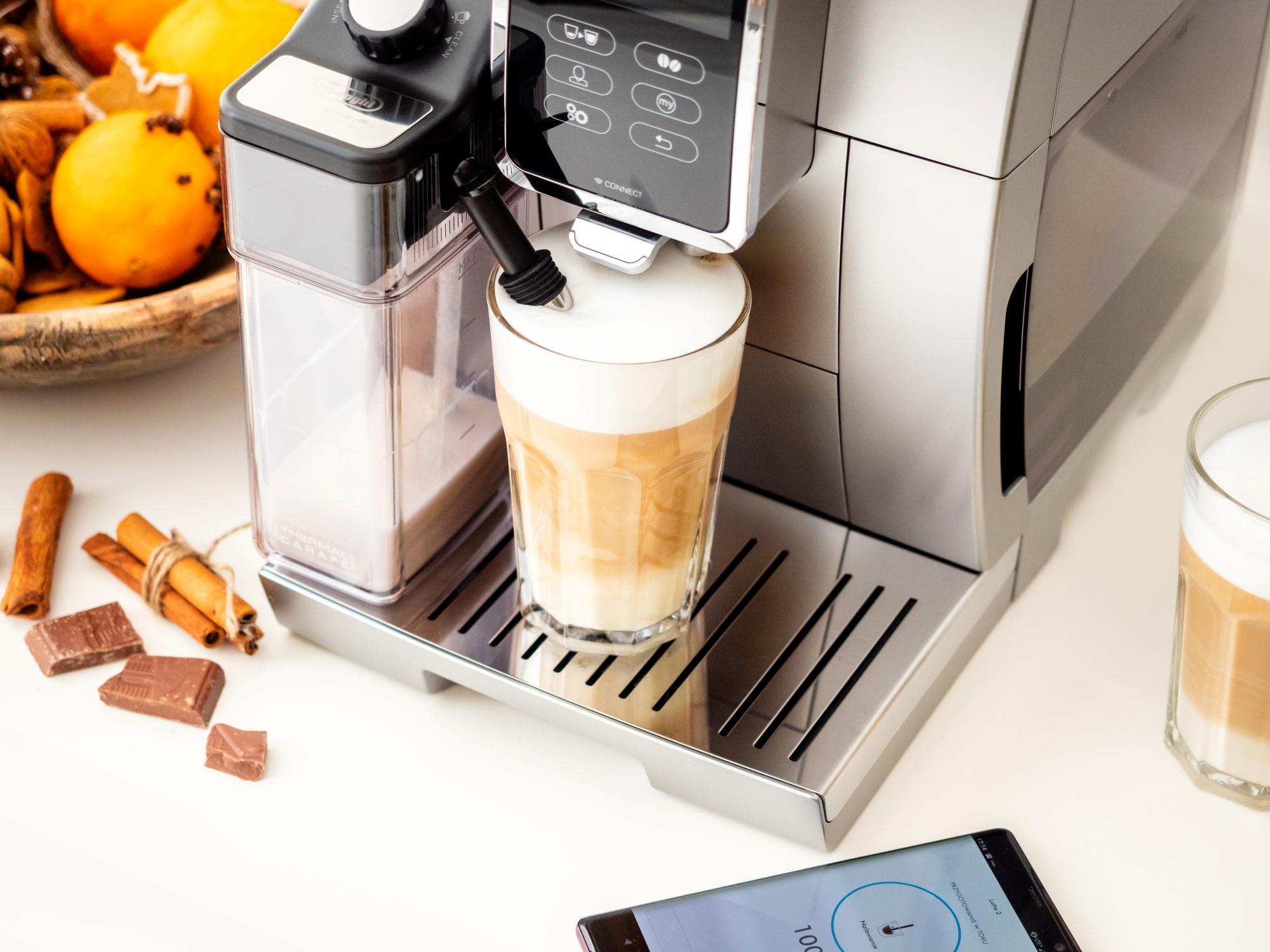 DeLonghi Dinamica Plus - jaki ekspres do kawy wybrać