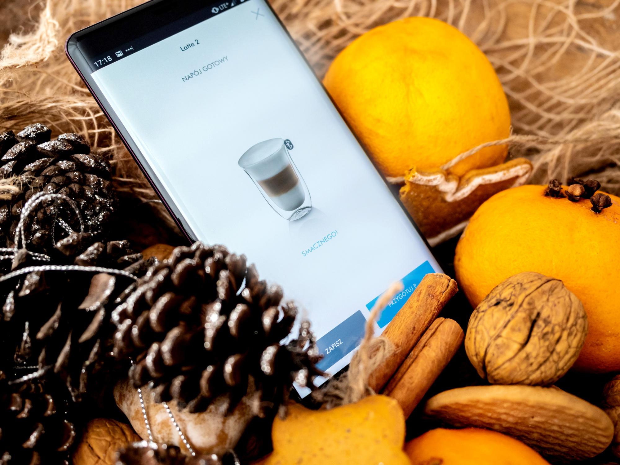Ekspres do kawy z bluetooth, sterowany smartfonem
