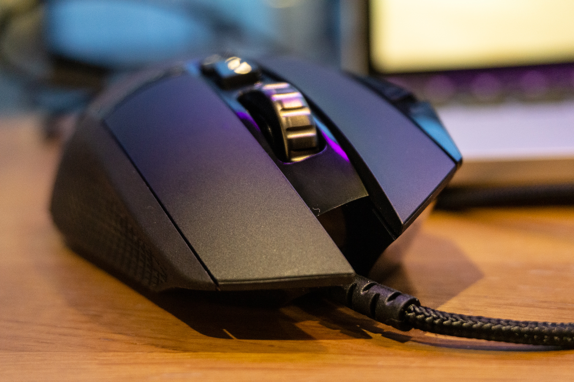 Logitech has perfected its most-bought gaming mouse  Logitech G502 HERO -  Spider s Web